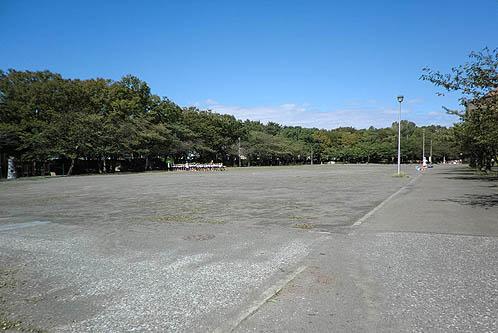 とにかく広い広場